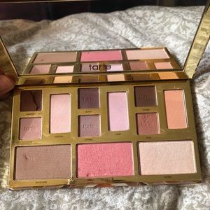 Tarte Clay Play must have Pallete